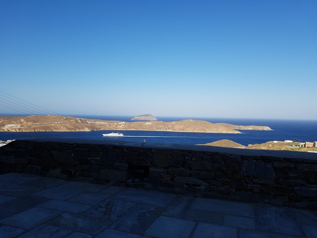Serifos home view port